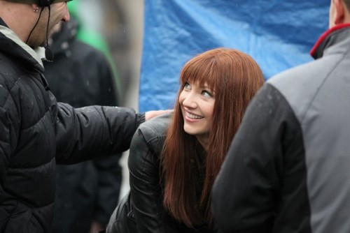 Fringe fond d'écran possibly containing a business suit called Season 4 - Set photos - 8th February 2012