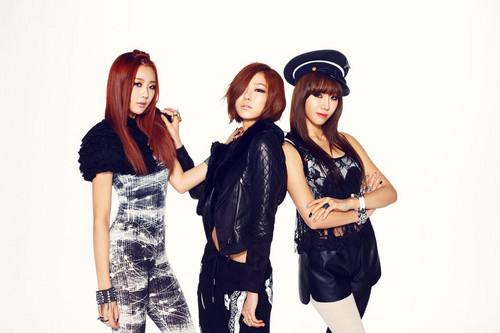 """Subin, Ga Eun, Viki """"Hit U"""" concept"""