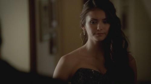 Elena Gilbert fond d'écran containing a portrait entitled The Vampire Diaries 3x14 Dangerous Liaisons HD Screencaps