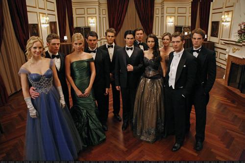 Vampire Diaries: 3x14 - Dangerous Liaisons.