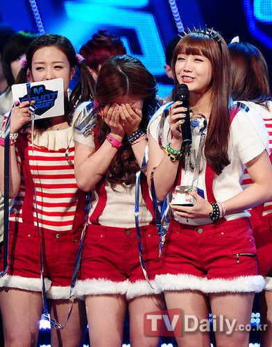 Korea Girls Group A Pink wallpaper possibly containing hot pants entitled a pink