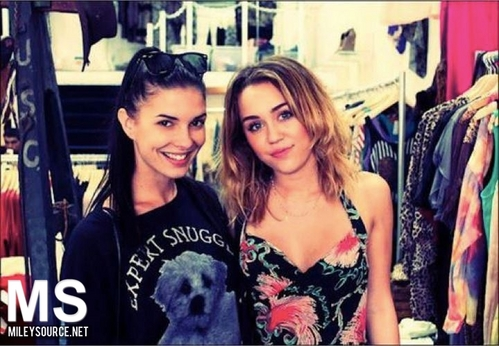 miley With fan (new 2012 )