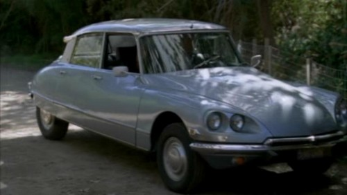 The Mentalist wallpaper possibly with a sedan, a sport utility, and a hatchback entitled 1x17- Carnelian Inc.
