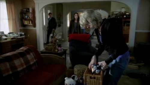 The Mentalist wallpaper with a drawing room, a living room, and a parlor called 1x17- Carnelian Inc.