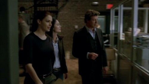 The Mentalist wallpaper containing a business suit and a revolving door called 1x18- Russet Potatoes