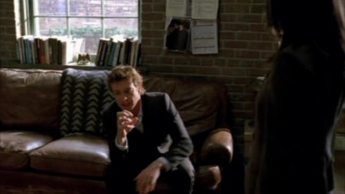 The Mentalist wallpaper containing a family room and a living room entitled 1x18- Russet Potatoes