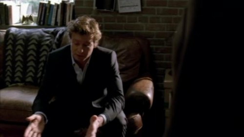The Mentalist wallpaper with a business suit called 1x18- Russet Potatoes