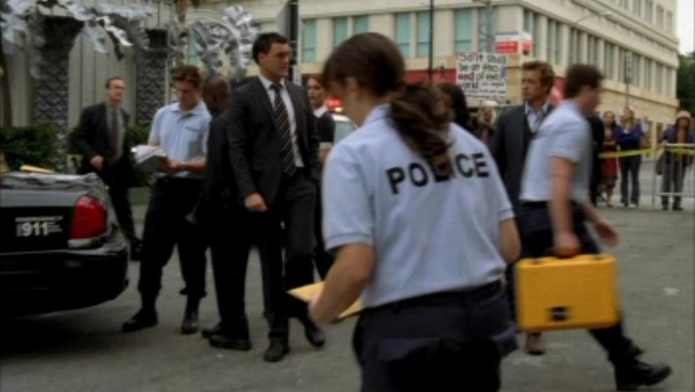 1x19- A Dozen Red Розы