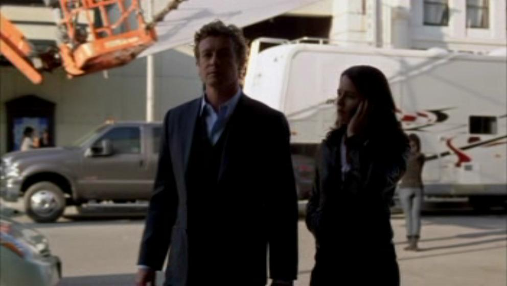 1x19- A Dozen Red ফুলেরসাজি