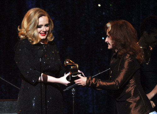 Adele @ the 54th Annual GRAMMY Awards - hiển thị