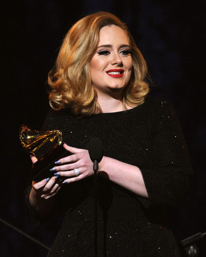 Adele @ the 54th Annual GRAMMY Awards - Zeigen
