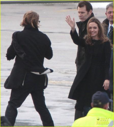 Angelina Jolie & Brad Pitt Leave Sarajevo