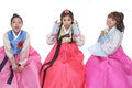 Bomi, Chorong and Eunji in Hanbok – Photoshooting