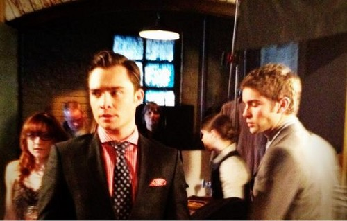 Ed on the set of gossip girl season 5 /14 feb