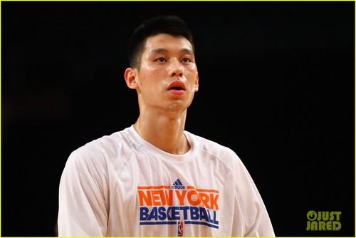 Jeremy Lin: LINsanity Beating Kobe Bryant!
