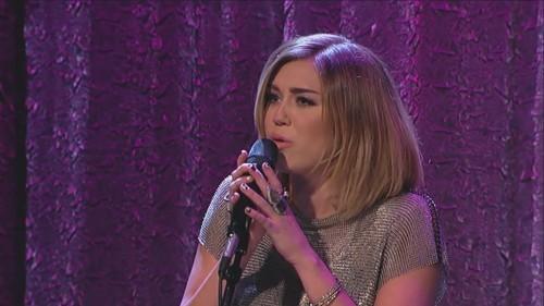Miley Cyrus karatasi la kupamba ukuta called Jimmy Kimmel Live [15th February]