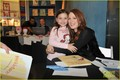 Julianne Moore: 'Freckleface' Mamarazzi Performance! - julianne-moore photo