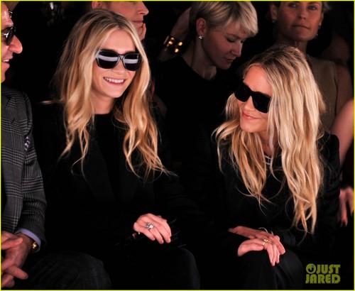 Mary-Kate & Ashley Olsen: Front Row at J. Mendel!
