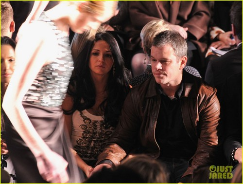 Matt Damon: Naeem Khan Fashion onyesha With Luciana!