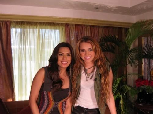 Miley New Pics!