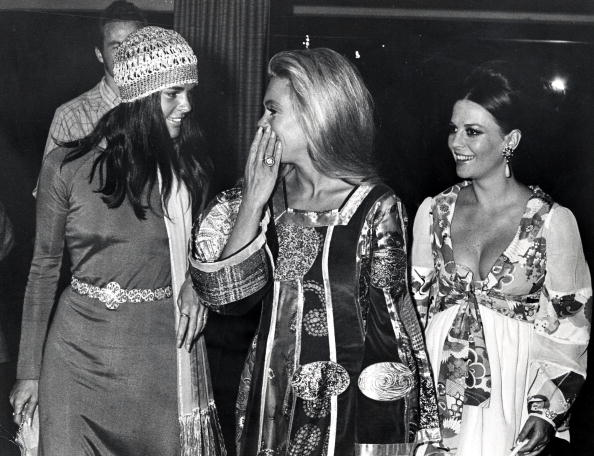 Natalie, Dyan 대포 and Ali MacGraw