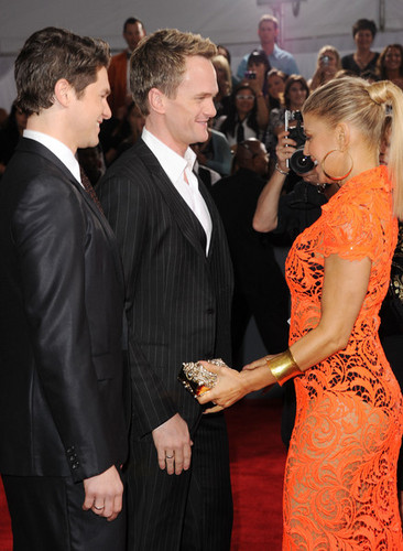 Neil, David and 菲姬 @ the 54th Annual GRAMMY Awards - Arrivals