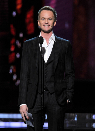 Neil Patrick Harris @ the 54th Annual GRAMMY Awards - 显示
