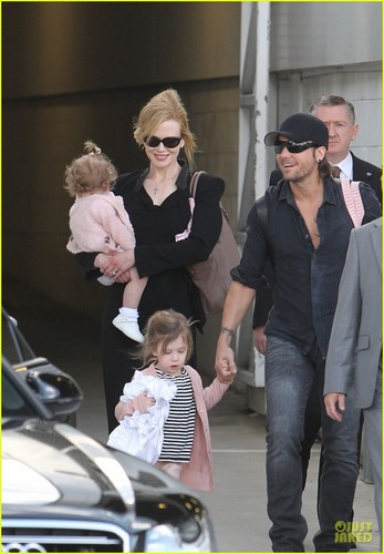 Nicole Kidman & Keith Urban: Family Flight
