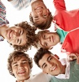 fotografias from the 'Up All Night' photoshoot! x
