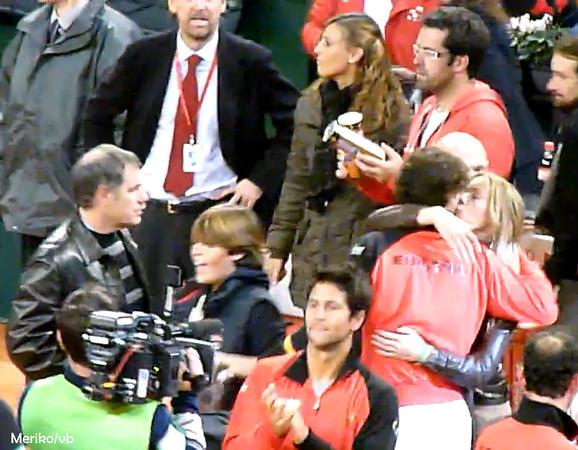 Rafa and his sister..hot kisses !! - Rafael Nadal Photo ...