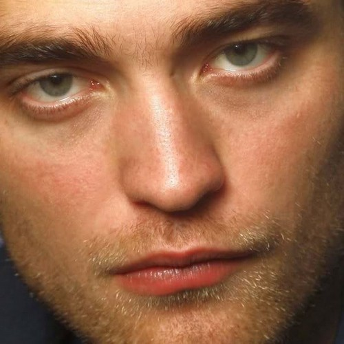 - Rob-robert-pattinson-29058551-500-500