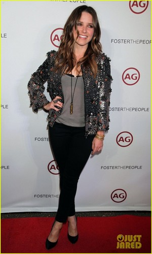 Sophia Bush: Foster the People Performance!