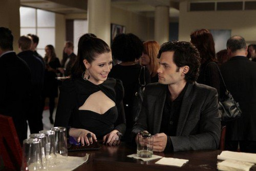 "Gossip Girl wallpaper with a brasserie, a dinner table, and a bistro called Stills 5x17 ""The princess dowry"""