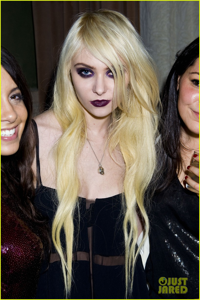 Taylor Momsen: Concept Korea After Party!