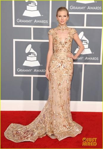 Taylor mwepesi, teleka - Grammys 2012