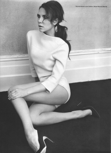 Victoria Beckham wallpaper possibly containing bare legs, hosiery, and tights entitled Victoria Beckham 2012