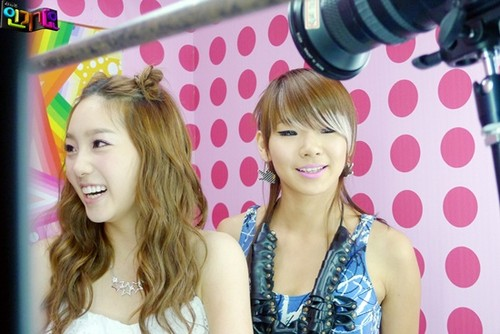 leaders *taeyeon and CL*