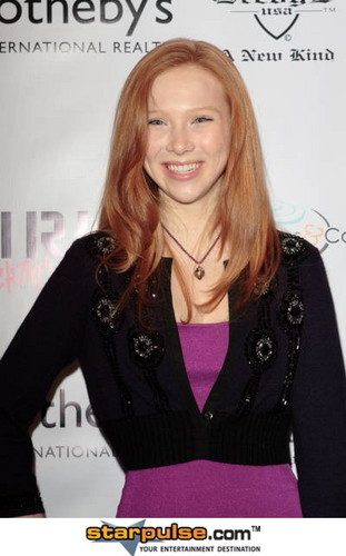 molly quinn kertas dinding containing a portrait called molly c. quinn