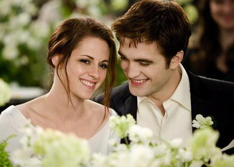 ღ Edward and Bella ღ