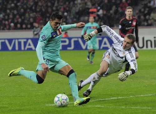 Alexis Sanchez: Bayer Leverkusen (1) v FC Barcelona (3) - UEFA CL