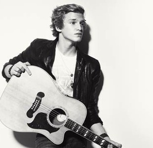 Cody Simpson wallpaper with an acoustic guitar entitled Am i obsessed yet??