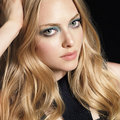 Amanda Seyfried Smokey eye makeup