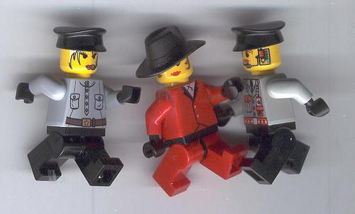 Carmen Sandiego Lego