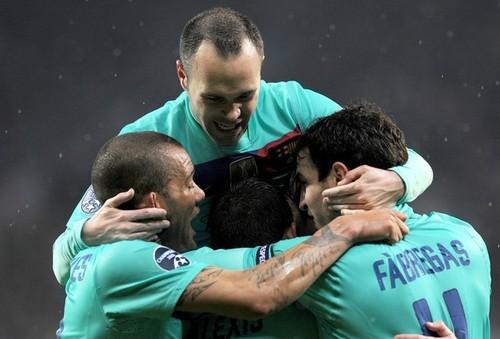 Cesc Fabregas: Bayer Leverkusen (1) v FC Barcelona (3) - UEFA CL