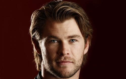 Chris Hemsworth Hintergrund containing a portrait called Chris Hemsworth