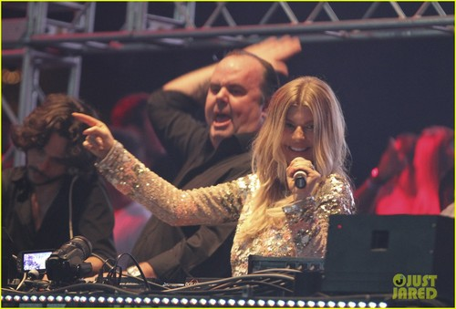 Fergie: Carnival in Brazil! - fergie Photo