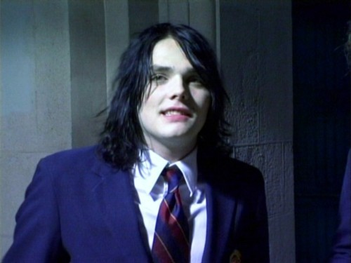 Gee Way- I'm Not Okay - gerard-way Photo