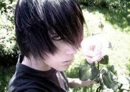 I found a picture of Darren