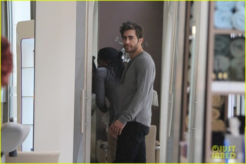 Jake Gyllenhaal: Hair Cut in Berlin! - jake-gyllenhaal Photo