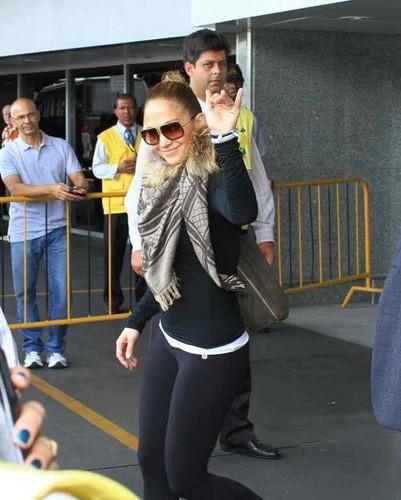 Jennifer in Rio De Janeiro, Brazil 19/02/12
